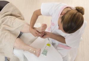Pielęgnację dłoni i stóp