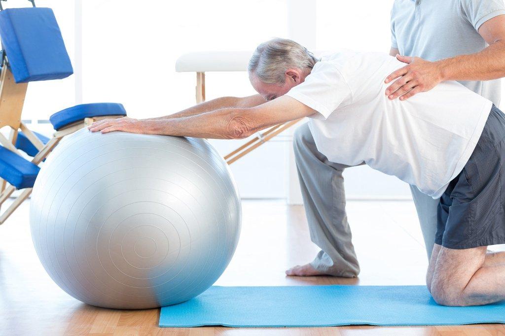Rehabilitacja kręgosłupa dla seniorów